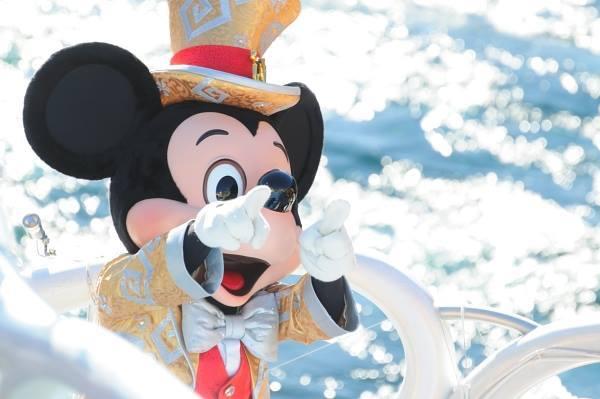 ディズニー王国のミッキー国王.jpg