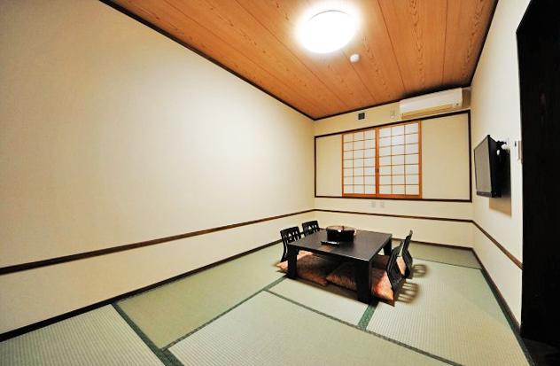 縄文の宿まんてん 和室.jpg